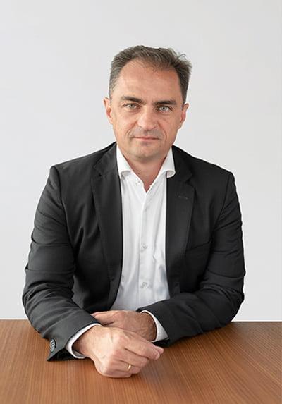 László Madarász portrait - RotaChrom Technologies